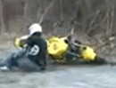 Motorrad Jump Crash: Ablfug top, Flugkurve gut, Landung beschissen.