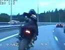 Motorrad Raser vs. Polizei Verfolgungsjagd auf der Autobahn - mit Sozia