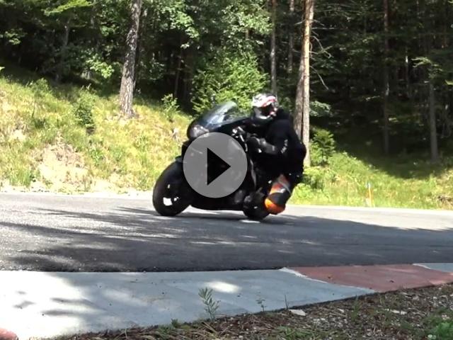 Motorrad Saison 2015 - Knieschleifer aus Überzeugung Ö