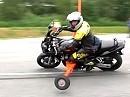 Motorrad Schräglagentraining auf der Kreisbahn. Fahrsicherheitszentrum FSZ Lüneburg ADAC