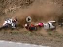 Motorrad Snake Crash im Doppelpack - zu schnell oder die Sozia schuld?