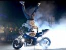 Motorrad Stuntriding: 'Kiev Kill The Night' Sehr geil gemacht! Respekt
