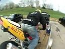 Motorrad verladen mit verlängertem Stoppie - so geht das! Cool!