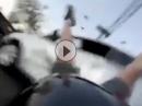 Motorrad vs Auto Crash: Zu schnell, Sicht verdeckt, Kreuzung, Einschlag