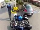 Motorrad vs. Parklücke vs. Frau am Steuer = Crash: Iiiiich hab nix gesehen!