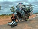 Motorrad-Weltreise Timetoride: Rotes Herzen Australien mit Bea und Helle