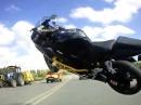 Motorrad Wheelie Crash: