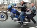Motorrad Wheelie Crash - Manchmal läufts halt dumm
