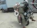 Motorrad Wheelie Crash: Opppaaaaa mach mir den Hengst und leg mich flach!