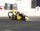 Motorrad Wheelie Crash Rennstrecke: Zu heftig gefreut und überzogen
