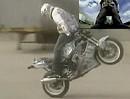 Motorrad Wheelie rückwärts - noch bisschen üben dann klappts richtig