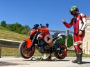 Motorrad Zentralständer: Motorrad leicht und sicher aufbocken by KurvenradiusTV