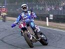 Motorradbekleidung: MVD Racewear - coole Supermoto-Klamotten perfekt in Szene gesetzt