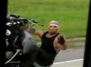Motorradfilm: Exit Speed - Motorradfahrer sind die bösen Buben - Aktion, Crazy
