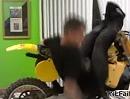 Motorradsprung - der Sturz war abzusehen, da müssen wir nochmal bei