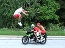 Motorradsprung - es geht tatsächlich wenn man es drauf hat.