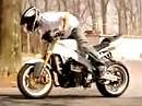 Motorradstunt 99 Problems - Wir sehen keine Probs - im Gegenteil - nice!