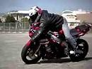 Motorradstunt: Abraham Feld Stunt Sampler
