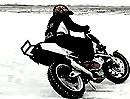Motorradstunt auf Eis - Palatinus Attilas Ice Riding - Eisspiele