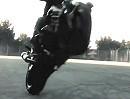 Motorradstunt: Yamaha YZF-R6 im Sperrgebiet mit Jérémy Tchouf Mérirès sehr kühl