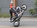 Motorradstunt Ducati Diavel mit Micha Threin