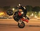"""Motorradstunt Paris bei Nacht mit Thibaut Nogues """"Tobi"""" - geil!"""