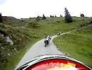 Motorradtour: Zillertaler Höhenstrasse bergab nach hinten gefilmt