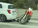 Uups - Motorradtransport auf Anhängerkupplung. Gefährlich :-(