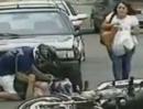 Motorradunfall: Autotür auf, nicht gekuckt, Abflug-Klassiker