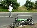 Motorradunfall beim wheelisieren - wollte mich eh von der MZ trennen