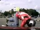Motorradunfall: Ist die Ampel leuchtend rot, fahr nicht drüber, du Idiot!