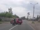 Motorradunfall Linksabbieger: Übler Abflug bei unklarer Verkehrslage