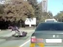 Motorradunfall: Polizist bei Kontrolle umgefahren ...