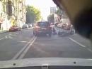 Motorradunfall Stadtverkehr: Rechts überholt, Tür geht auf - Scheisstag