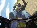 """Motorrad Crash: Straße ausgegangen, aber fast """"durch"""", fast ..."""