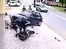 Motorradunfall von Auto übel abgeräumt - mehr Glück als Verstand - Passt bitte auf!