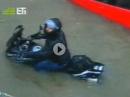 Motorradvideo: Wasser im Auspuff reinigt den Motor von innen! *lol*