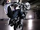 Motorradwheelie - Chris Pfeiffer erklärt wies geht - BMW-TV