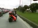 Motorroller Crash - wo will denn mein Sozius hin?