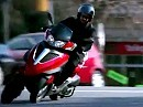 Motorroller Piaggio MP2 YOUrban aud drei Rädern rollern