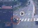 Motorroller vs LKW Horror Crash: Manchmal hat man zweimal Geburtstag!!
