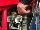MV Agusta Sex-Zylinder, 500ccm, John Surtees Bj. 1957 - Attacke auf die Ohren!
