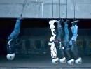 Newton's Cradle - Motorradhelm Experiment von Shark Helmets - coole Idee