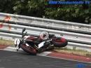Nürburgring Nordschleife - Motorrad Crash bei Touristenschleifen