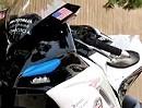 Polizeimotorrad: Aprilia RSV4 APRC. Knieschleifer mit Blaulicht als Zusatz?
