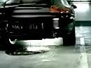 Porsche vs. Kawasaki ZX-12R - Porsche nässt sich ein - ein Autofilm.