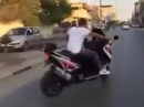 Posing: Scooter Drift vom Feinsten - Gekonnt ist gekonnt