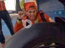 Pramac Ducati Desmosedici on Fire - Boxen auf! Akrapovic Hardrock!
