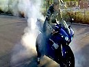 Yamaha R1 RN12 Mini Burnout