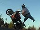 Yamaha R6 Wheelies - ich bin froh dass ich ein Dicker bin - Dick ist Schick!